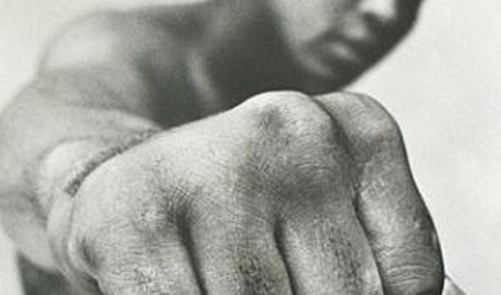 Muhammad Ali floors the USA's twisted logic of war