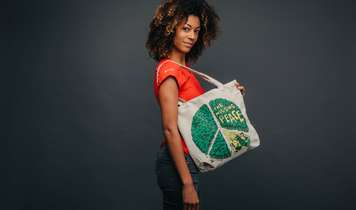 New hemp, street art tote bags call for a better world